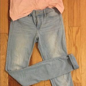 Hollister light wash skinny jeans- legging feel